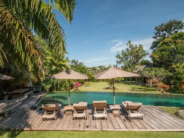 Rare, authentic & tranquil 6-bedroom Villa Galante