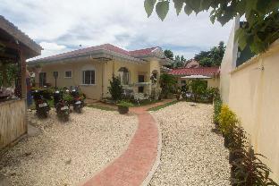 picture 5 of Casa Mannis Garden