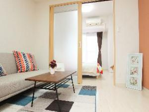 GR 2 Bedroom Apartment near Osaka Umeda W2-703