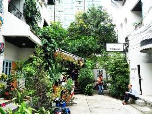 Slowness Inn Bangkok