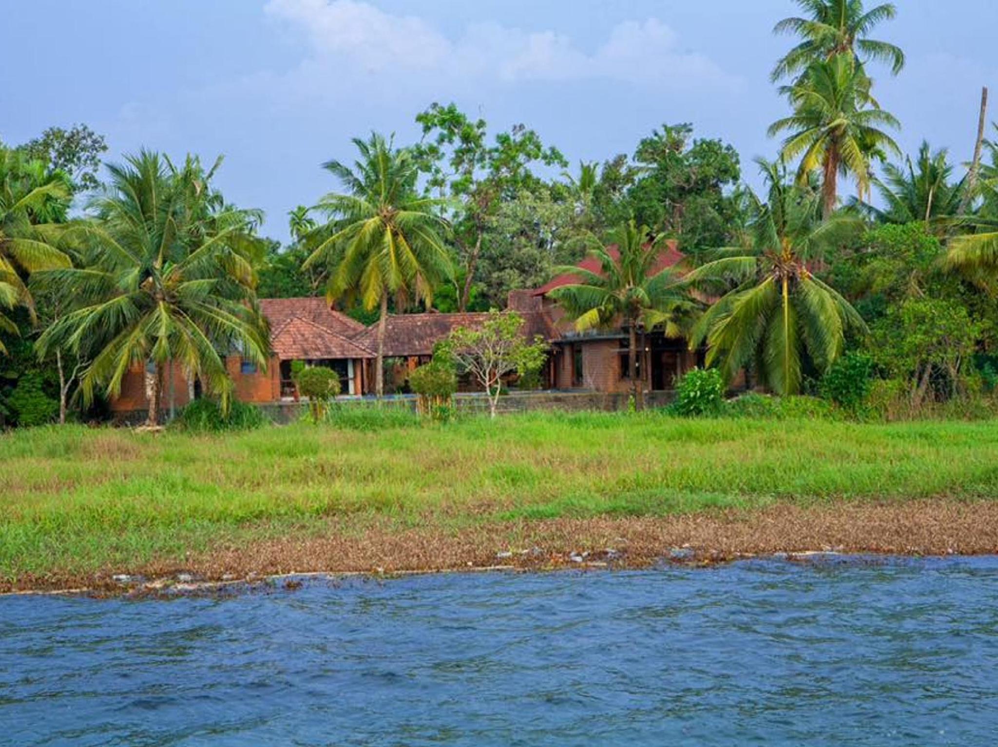 Vinnca Lake House