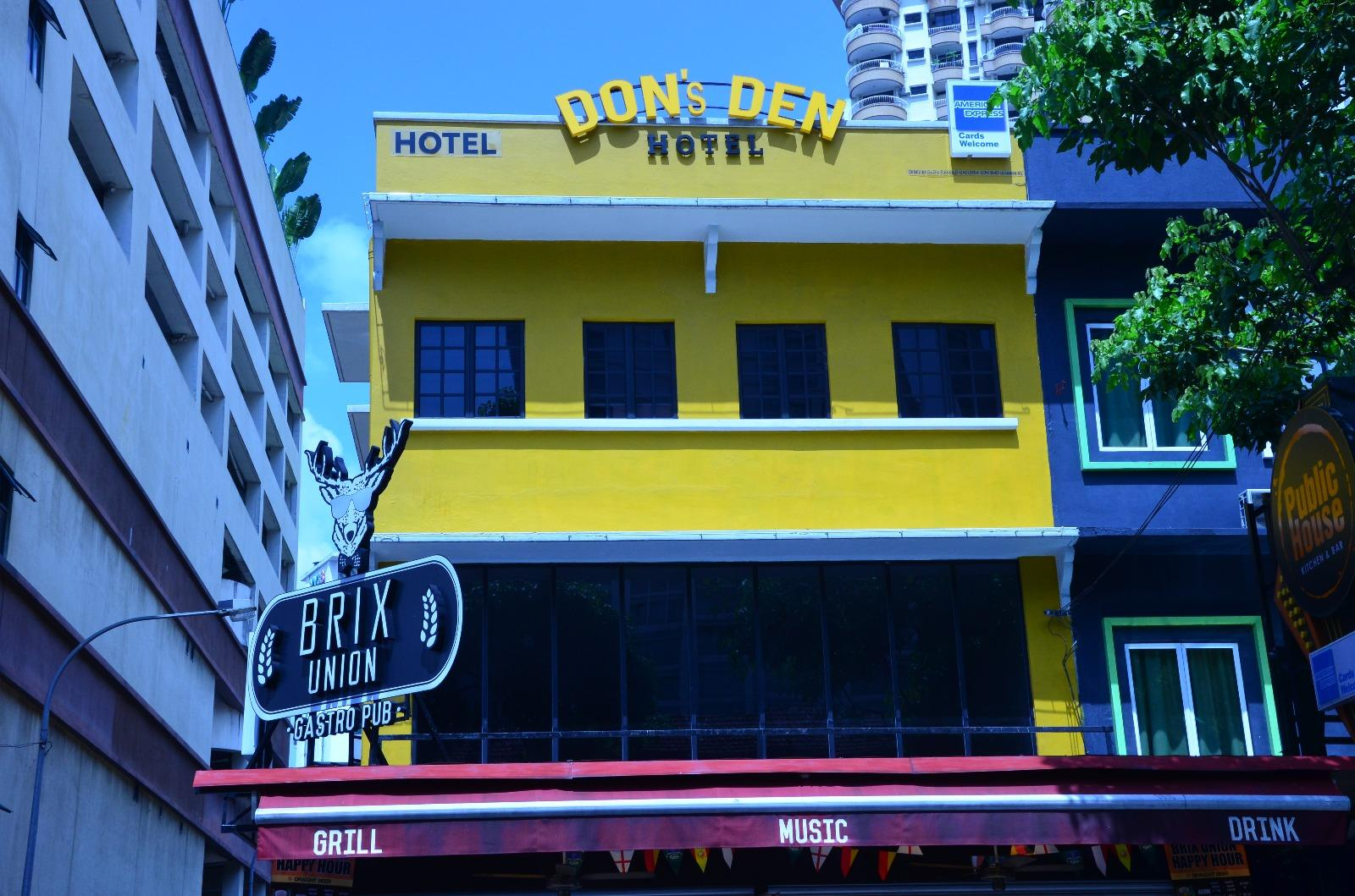 Don's Den Hotel