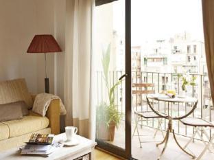 AinB Eixample - Entença Apartments