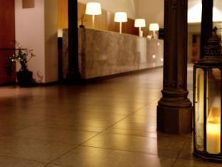 Onix Rambla Hotel Barcelona - Entrance