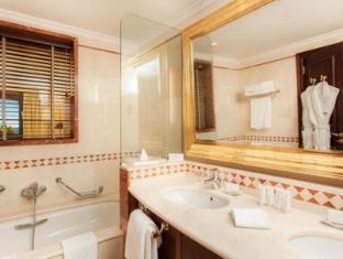 켐핀스키 호텔 바히아 에스테포나 - 화장실