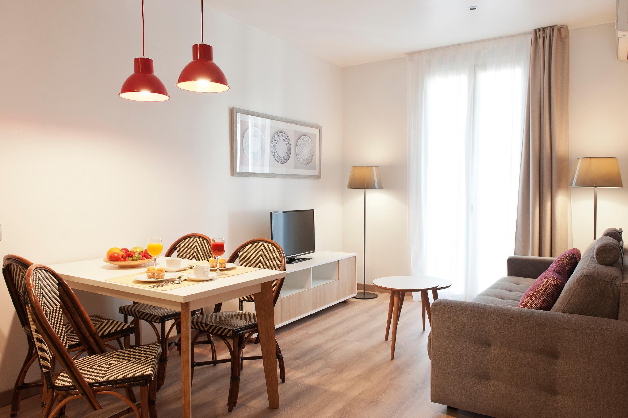 MH Apartments S Familia