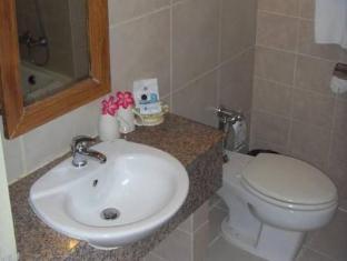 Sunshine Garden Resort Pattaya - Bathroom