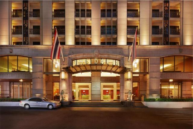โรงแรมเดวิส – Davis Hotel