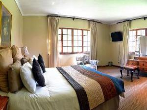 โรงแรมพรีเมียร์ ฮิเมวีลล์ อาร์ม (Premier Hotel Himeville Arms)