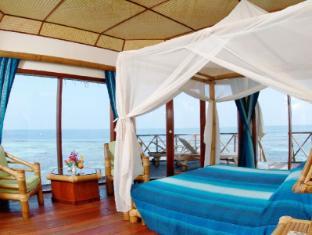Thulhagiri Island Resort & Spa Maldives Maldives Islands - Water Front Bungalow