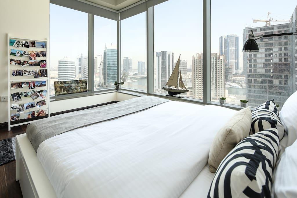 Cozy And Contemporary 2BR In Burj Views