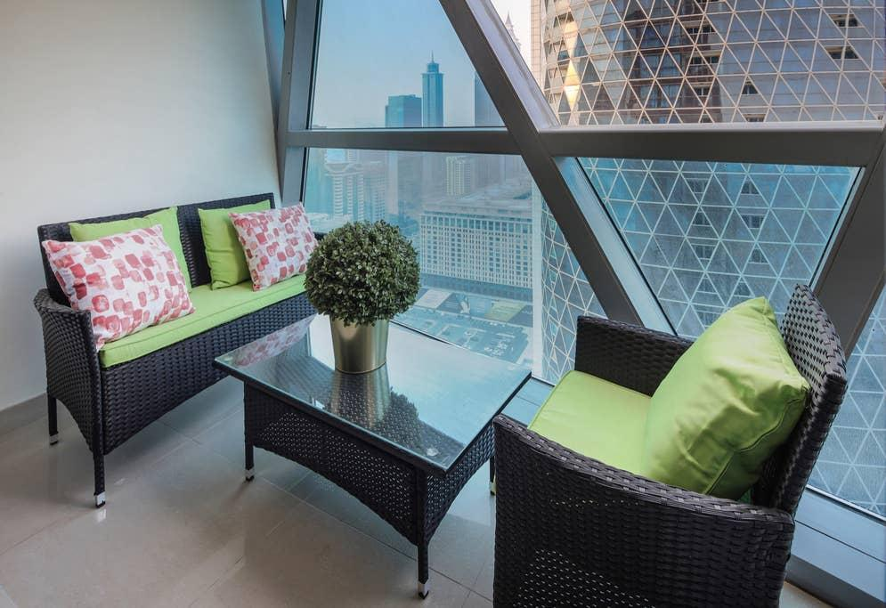 Professional & Impressive 1BR In DIFC   Sleeps 4