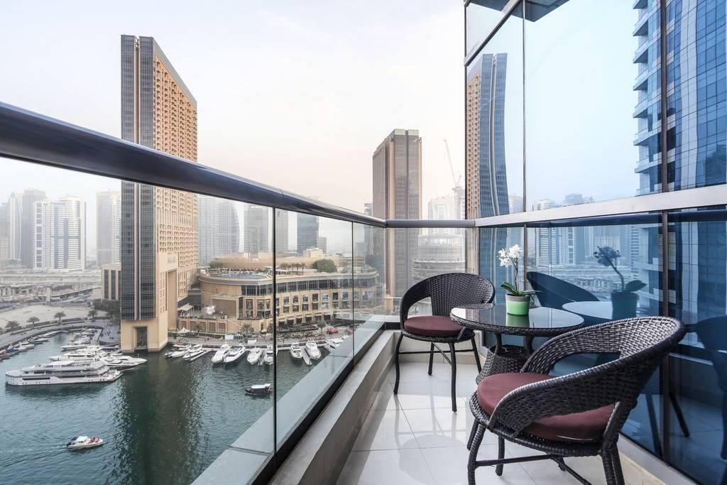 Modern Studio For 4 W  Incredible Marina Views