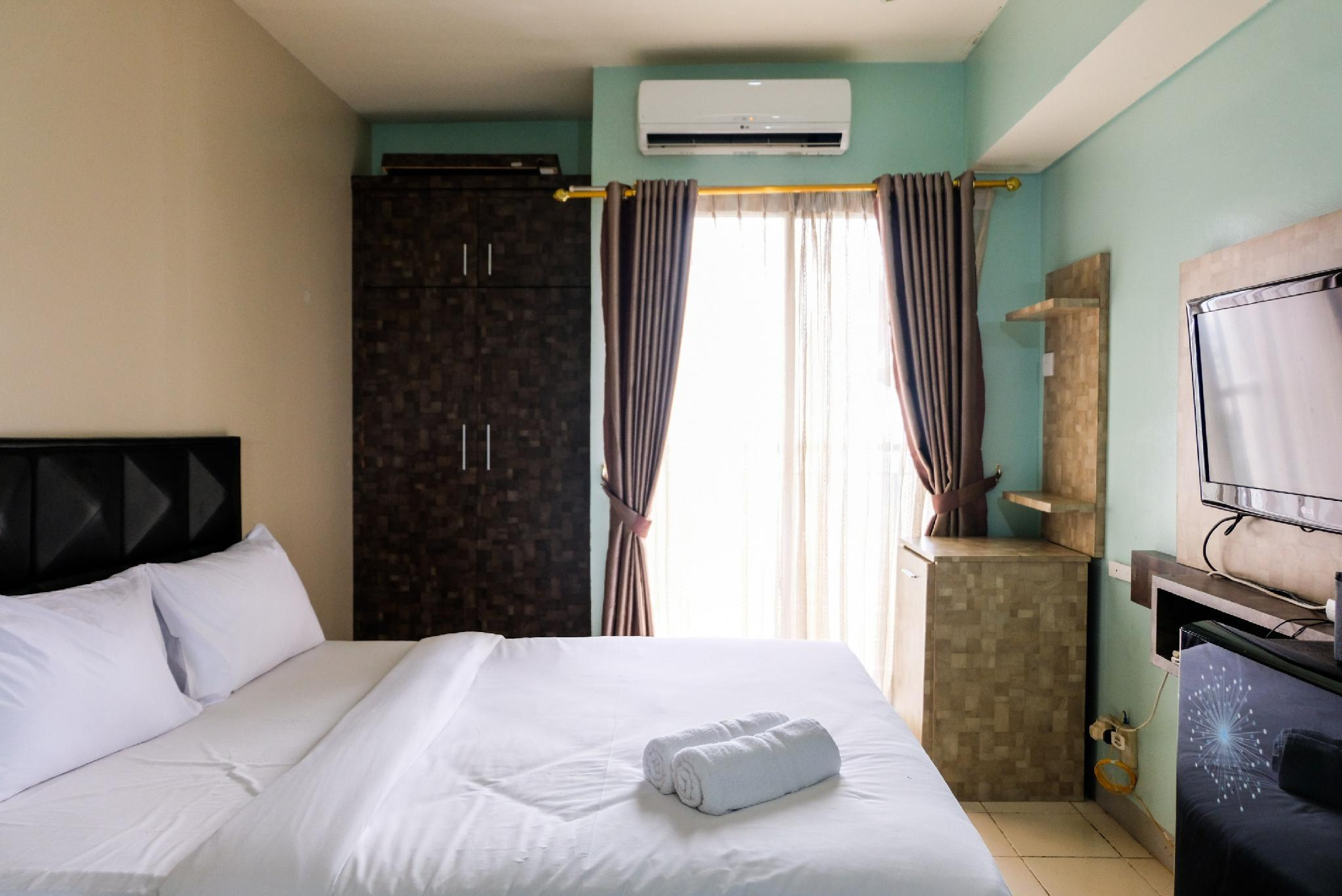 Studio At Serpong Greenview Apartment By Travelio