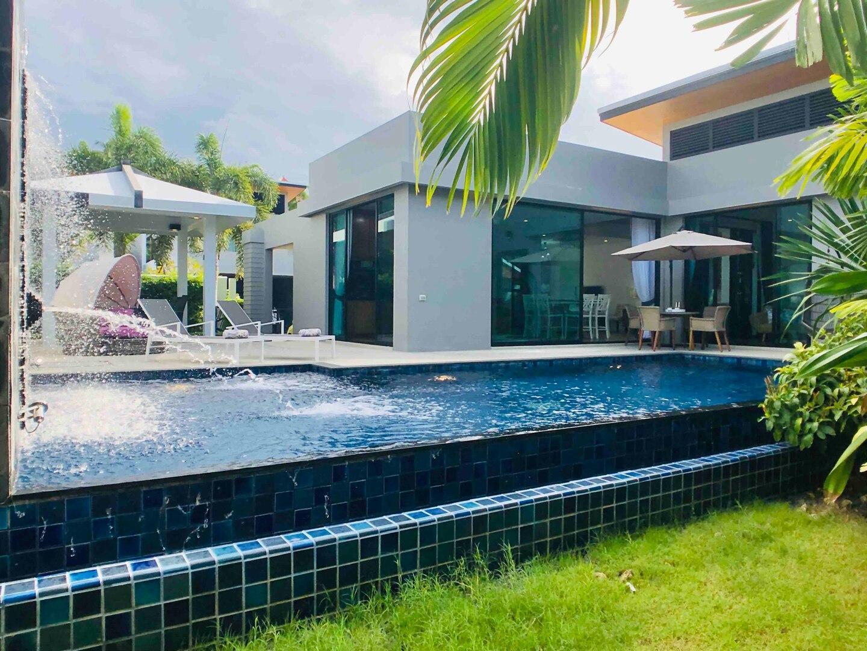 Baan Bua Zen Villa Nai Harn Beach