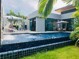 [ナイハーン]ヴィラ(230m2)| 3ベッドルーム/3バスルーム Baan Bua Zen Villa Nai Harn Beach