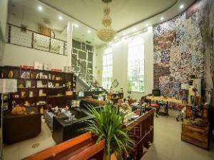 Xiamen Blossom Inn