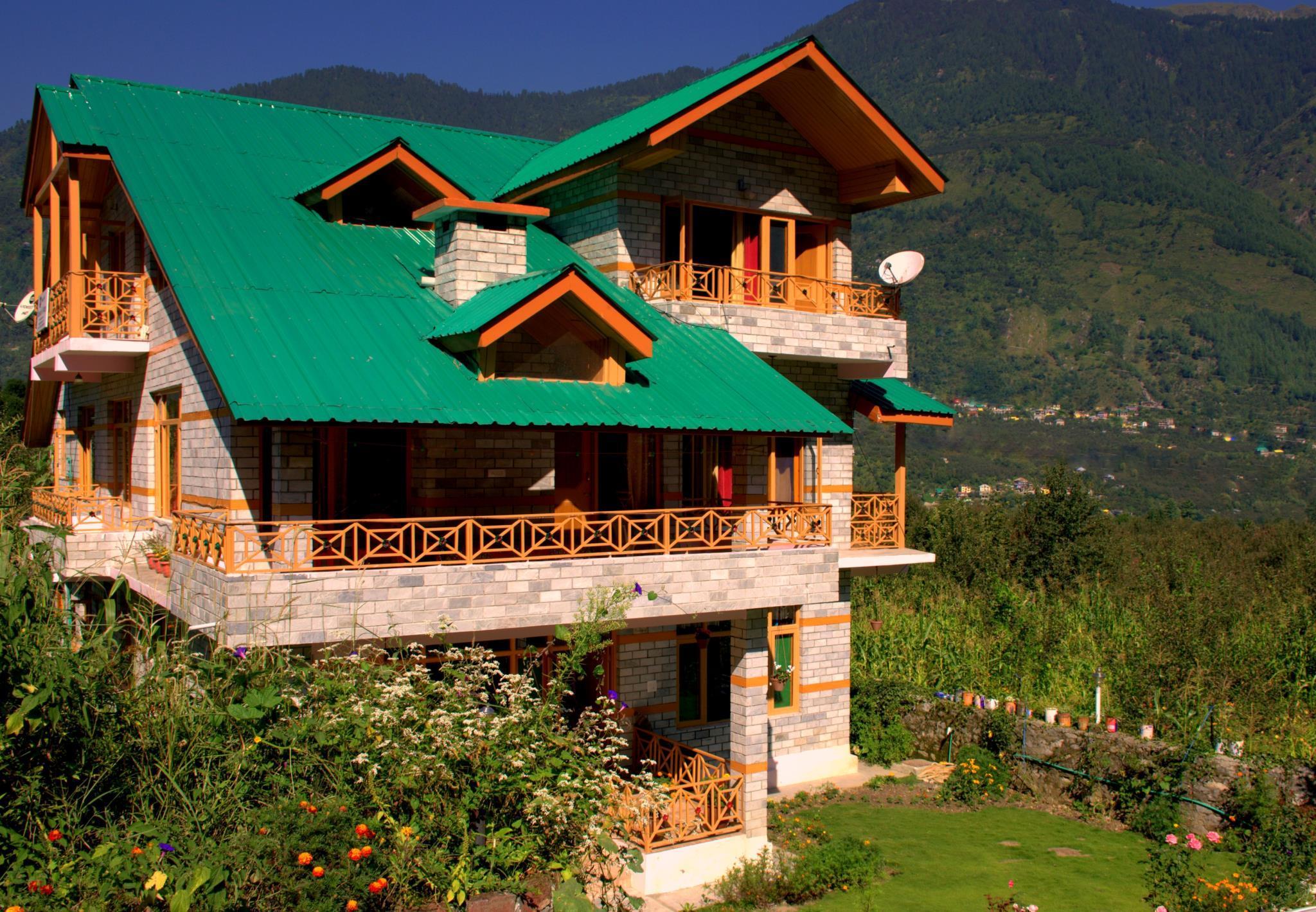 WoodyVu Mansari Cottage