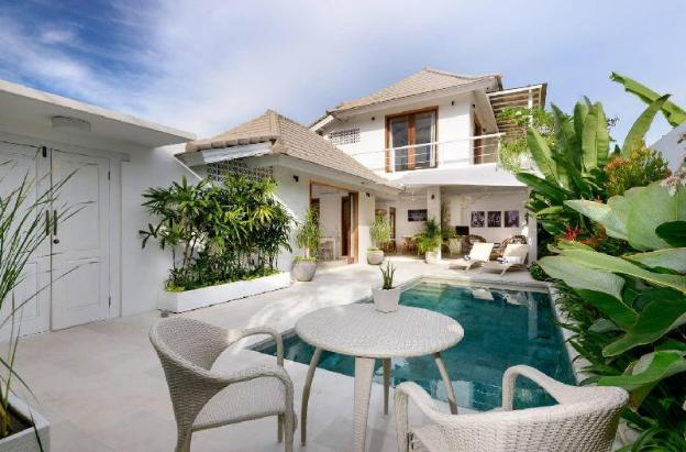 Bright, Airy & Beautiful, Beachside Sanur