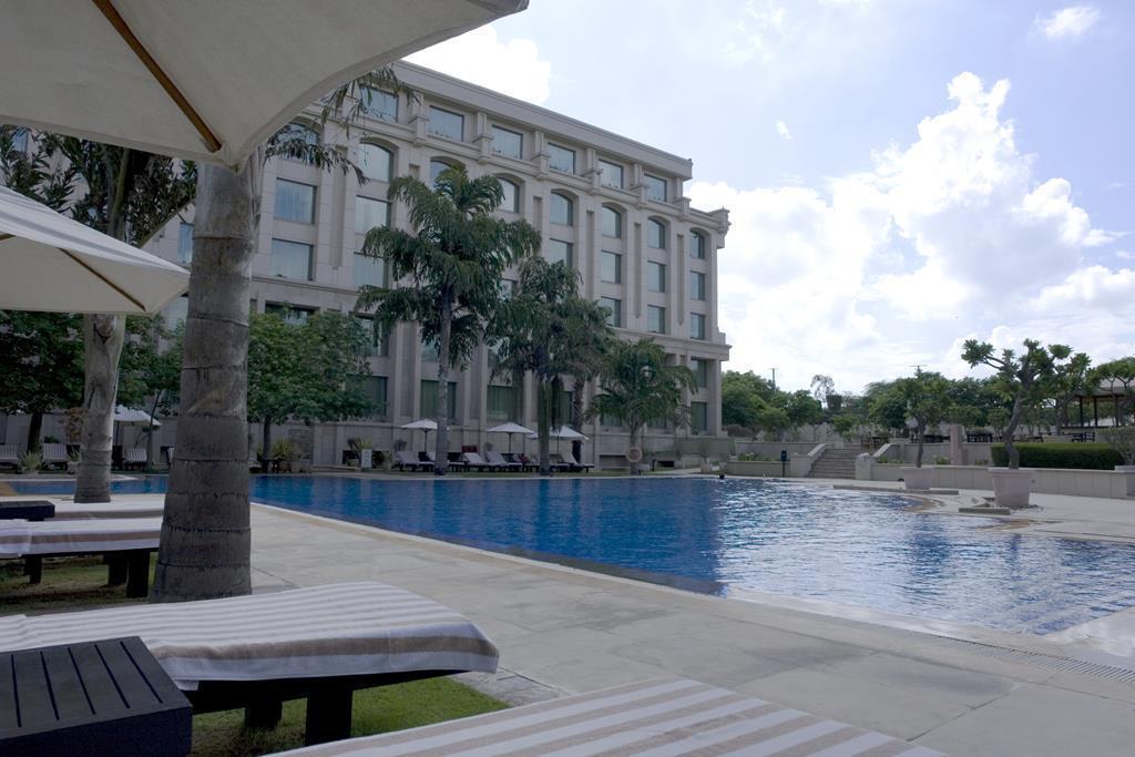 The Grand New Delhi Hotel
