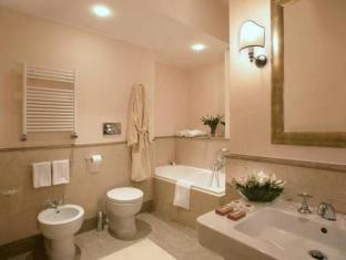 VOI Donna Camilla Savelli Hotel Rome - Bathroom