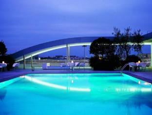 Radisson Blu es. Hotel Rome Rome - Swimming Pool