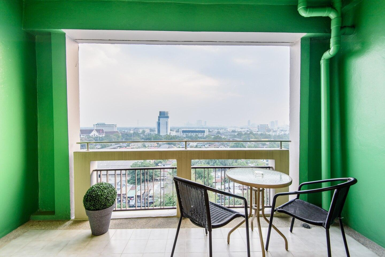 NEW/SKYVIEW/POOL/Wifi /2xSTUDIOS@MRT Sirikij/ETF อพาร์ตเมนต์ 2 ห้องนอน 2 ห้องน้ำส่วนตัว ขนาด 150 ตร.ม. – สุขุมวิท