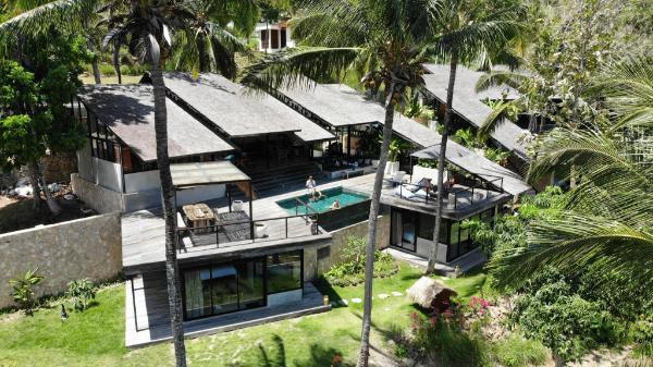 Villa Kanan - Luxury Seaview Pool Villa Selong Belanak