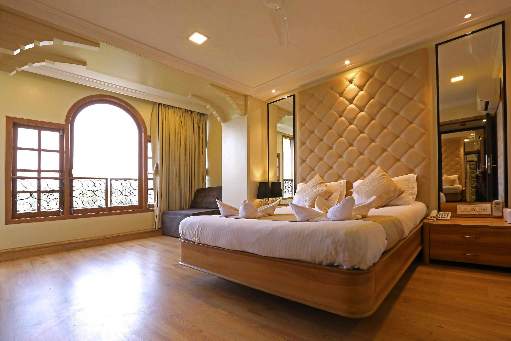 Gulf Hotel Colaba
