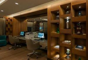 Double Tree by Hilton Hotel Istanbul