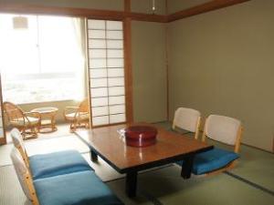 โรงแรมคิชุ เทตสึโดะ โบโซะ ชิระฮะมะ (Kishu Tetsudo Boso Shirahama Hotel)