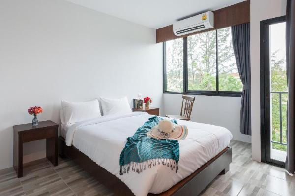 The Sixteenth Surin Beach Hotel Phuket
