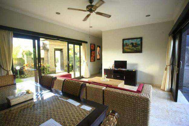 1BR villa in Gianyar with private pool near beach