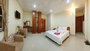 Om Ocean City Hotel (Danati Hotel)