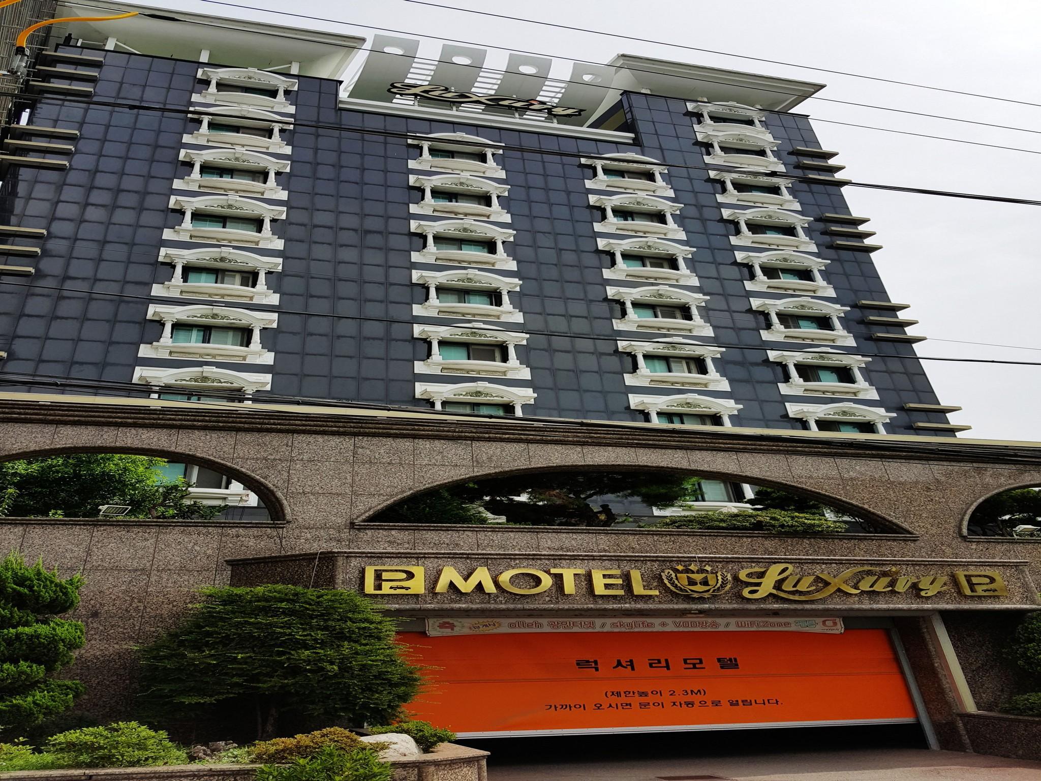 Hotel Luxury