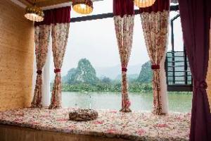 Lianan Lake View Hotel