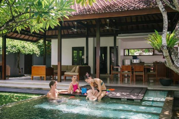 2BR for Small Family is Provided by Private Pool
