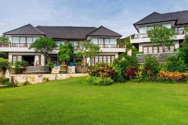 2BR Villa with Garden View at Jimbaran