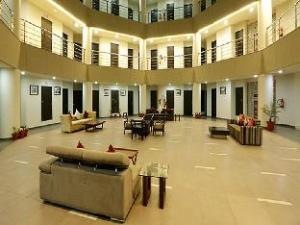 Hotel Fairmount Inns-Suites Kundli