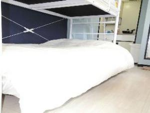 MI Studio Apartment near Namba 404