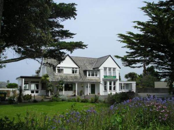 Pine Lodge Hotel Newquay