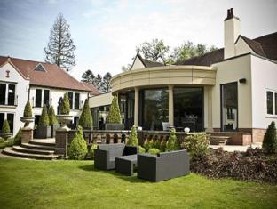 Hogarths Hotel and Restaurant