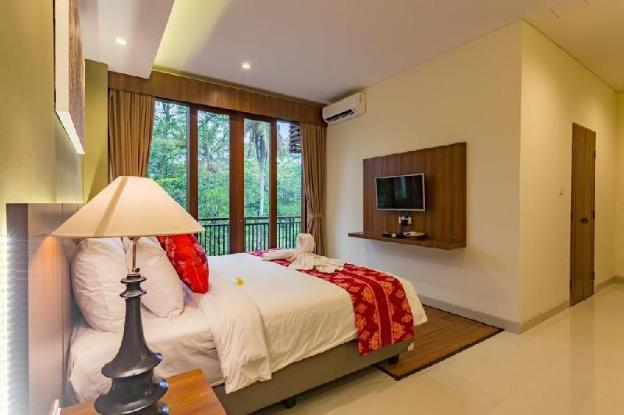 6BR Pool Villa With Jungle View at Ubud