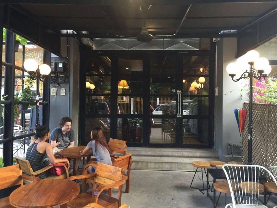 CMBC cafe and hostel Chiangmai ซีเอ็มบีซี คาเฟ่ แอนด์ โฮสเทล เชียงใหม่