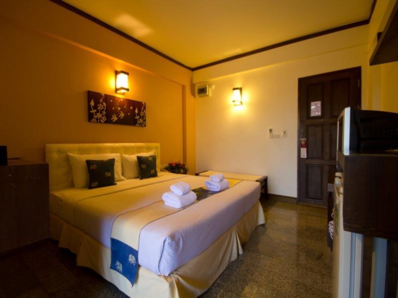 ブルカノ ホテル アット ニマン2