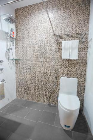 picture 5 of Bed and Bath Serviced Suites