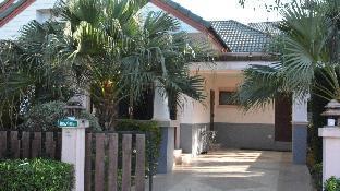 [バンサライ]一軒家(200m2)| 3ベッドルーム/2バスルーム 3 Bd pool gated south Pattaya beach