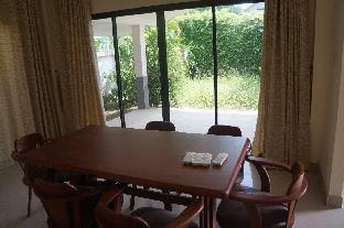 [バンサライ]一軒家(150m2)| 3ベッドルーム/2バスルーム 3 bd clean house in gated village