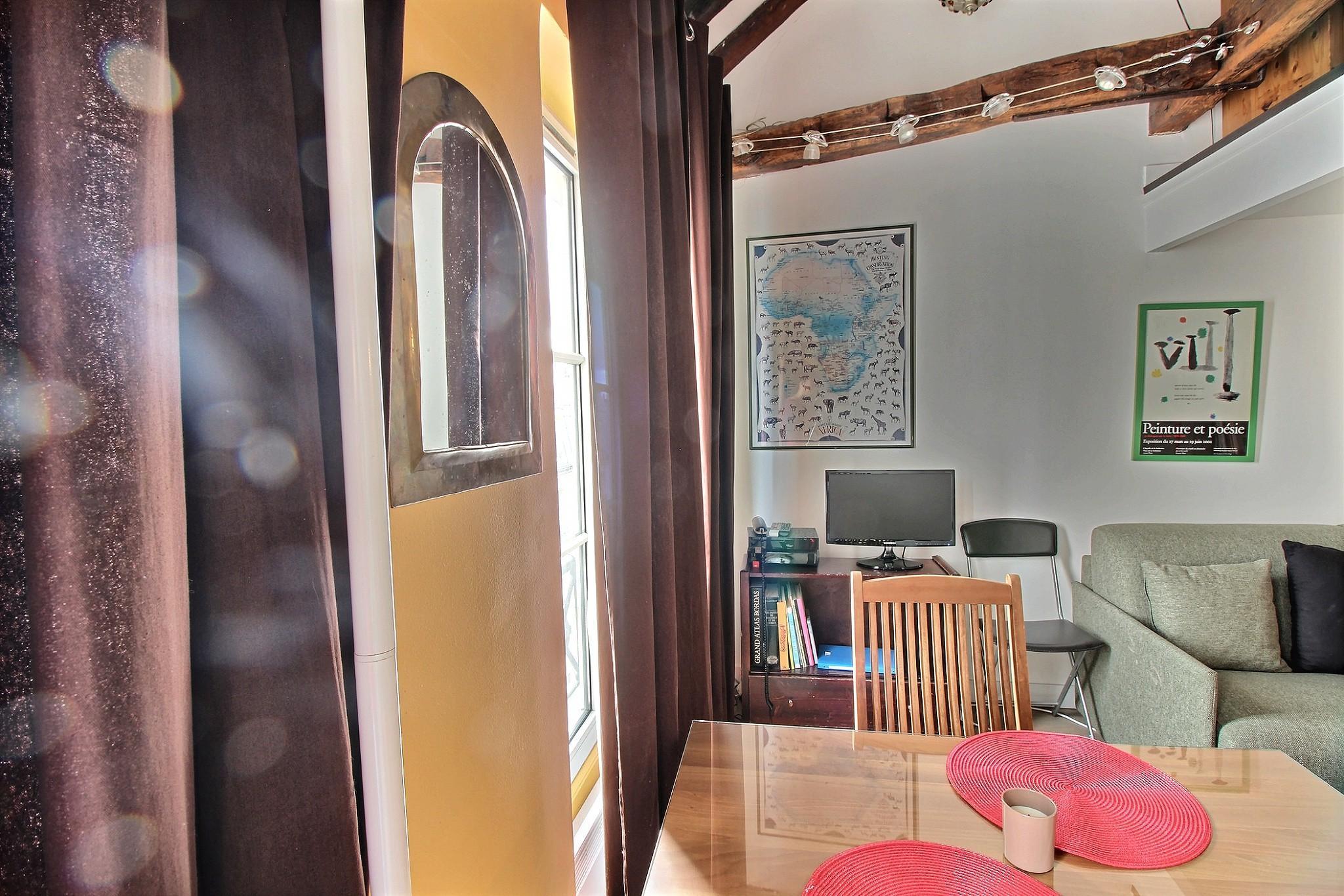 105281 - Latin quarter apartment paris