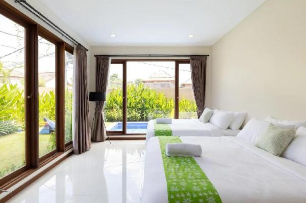 Great Deal! BRAND NEW Villa in Berawa for Groups Bali